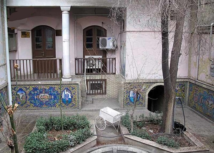 خانه صادق هدایت در تهران