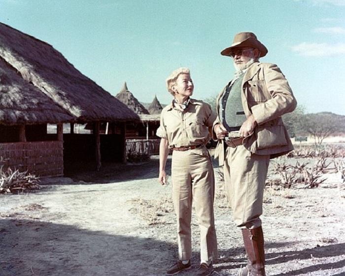 همینگوی و همسرش ماری در کنیا - ۱۹۵۳