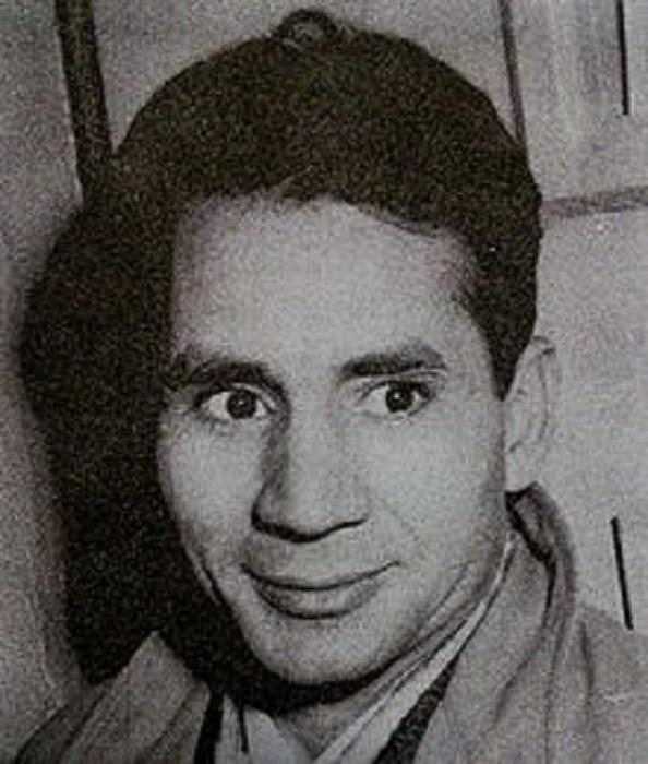 جوانی احمد محمود