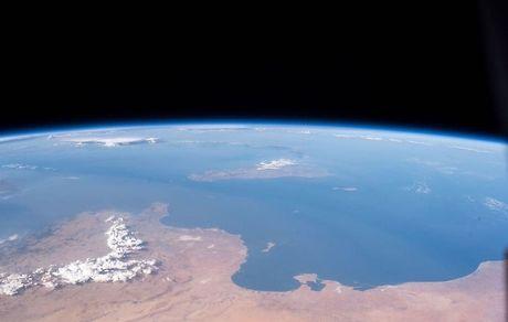 عکس های ناسا از فاصله 400 کیلومتری زمین