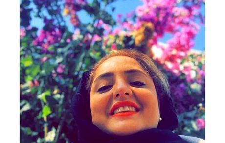 ستایش و گلهای پاییزی + عکس