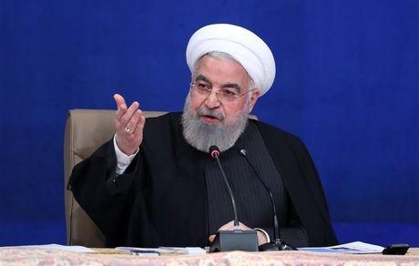 درخواست برای محاکمه روحانی: زودتر دست به کار شوید تا مرغ از قفس نپریده!