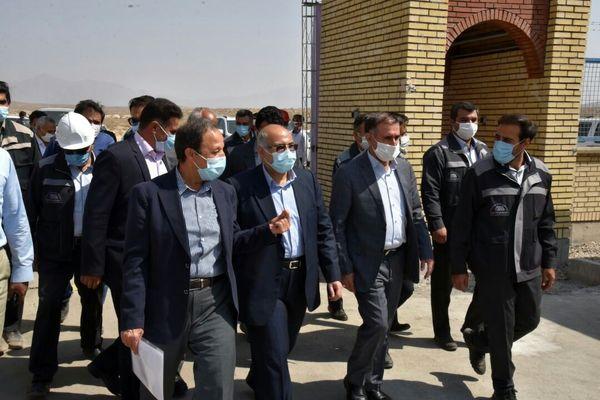 بازدید استاندار کرمان از پروژه بزرگ انتقال آب خلیجفارس در منطقه گل گهر