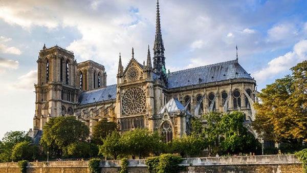 ۱۰ کلیسای معروف و زیبای جهان