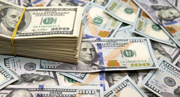 افزایش بیسابقه قیمت دلار در ایران