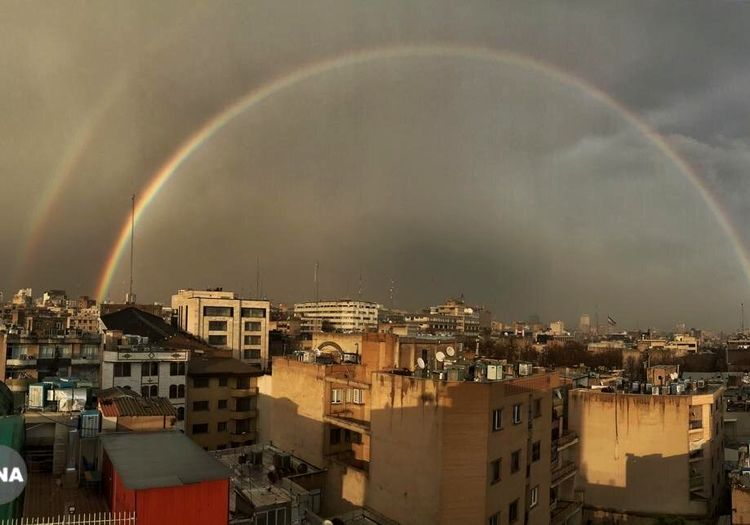 رنگینکمان پاییزی تهران