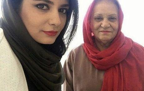 لیندا کیانی و مادرش + عکس