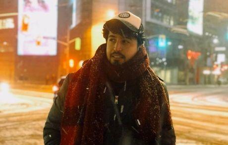 گشت و گذار آقای بازیگر در برف سنگین + عکس