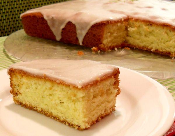 آموزش طرز تهیه یه کیک ساده و خوشمزه با بافتی نرم