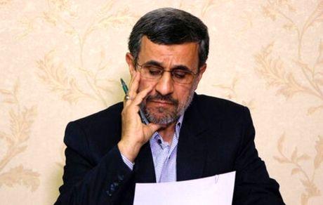 احمدینژاد: من ولی خدا هستم