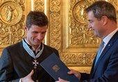 مولر مدال افتخار ایالت باواریا را دریافت