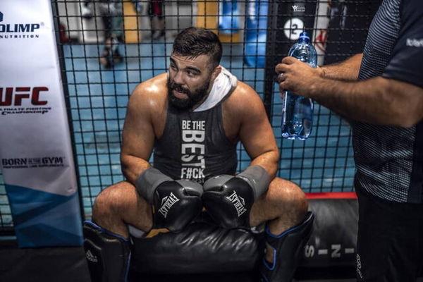 قطع همکاری امیر علیاکبری با UFC