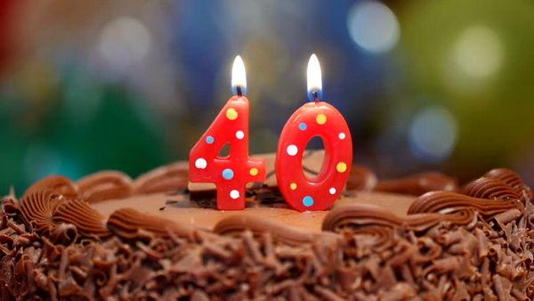 وقتی شمع ۴۰ سالگی را فوت می کنید این کار ها را کنار بگذارید!