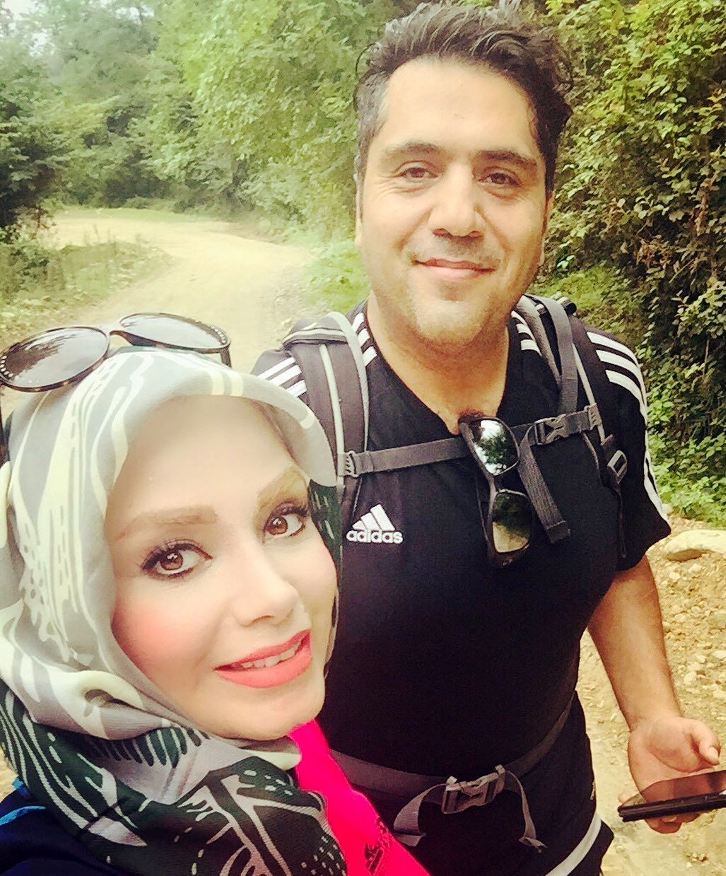 کوهنوردی صبا راد و همسر جان در شمال