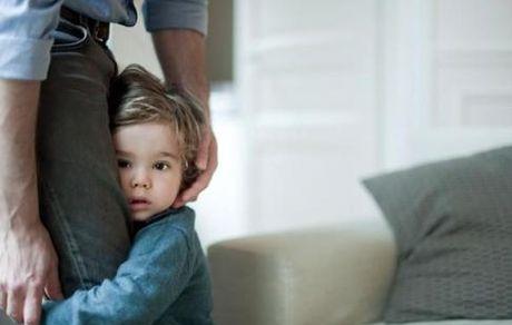 چه کنیم کودکمان از غریبهها نترسد؟