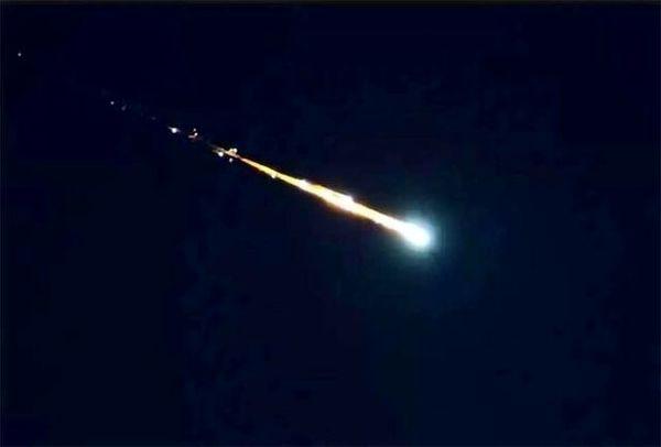 ماجرای انفجار شی نورانی دیروز در سمنان چه بود؟ + فیلم و جزئیات