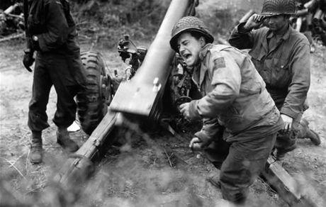 صحنه ای عجیب و باورنکردنی از جنگ جهانی دوم!
