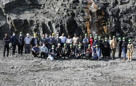اولین تور عکاسی معدن در سیرجان برگزار شد