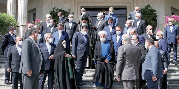 یاران روحانی زندانی می شوند