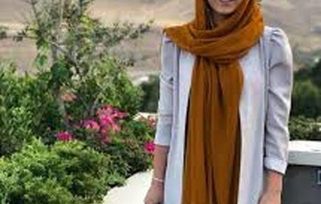ساقی حاجیپور با لباس یقه باز