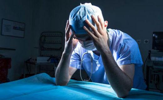 عذرخواهی برای اشتباه در جراحی دست شکسته