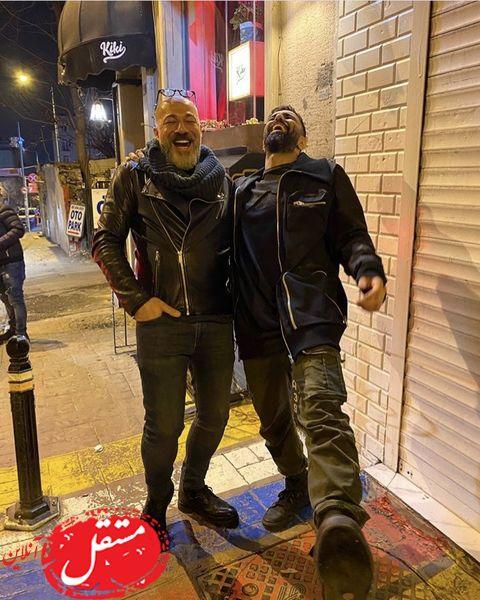 گردش و تفریح شبانه امیرآقایی و بازیگر مشهور در خیابان های اروپا + عکس