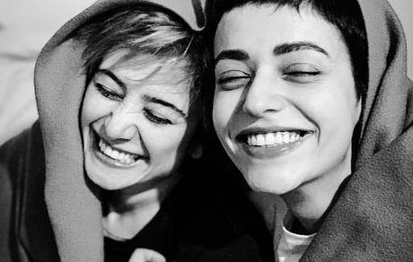 خنده های از ته دل الناز حبیبی با دوستش + عکس