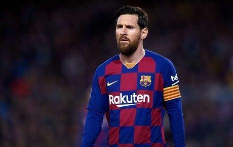 مسی بارسلونا را ترک می کند