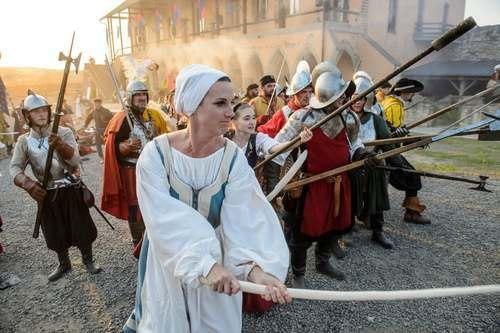 """جشنوارهای تاریخی- مذهبی در شهر """"اگِر"""" مجارستان"""