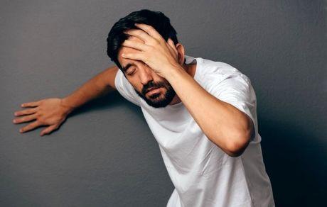هنگام بلند شدن چرا دچار سرگیجه می شوم؟