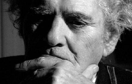 نگاهی به زندگی و کارنامه ادبی احمد شاملو؛ شاعر عصیان و عشق