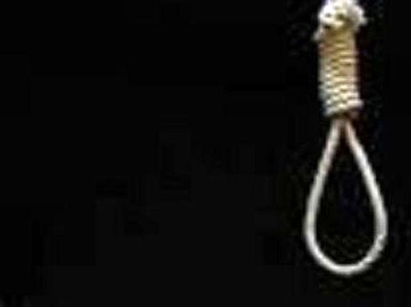 اعدام قاتل زن جوان در یزد + جزئیات قتل با قیچی