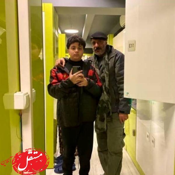 امیر جعفری و پسرش در رختکن + عکس