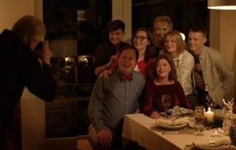 «پرنده سیاه» فیلم افتتاحیه جشنواره سنسباستین / «سوزان ساراندون» و «کیت وینسلت» در فیلم بازی میکنند