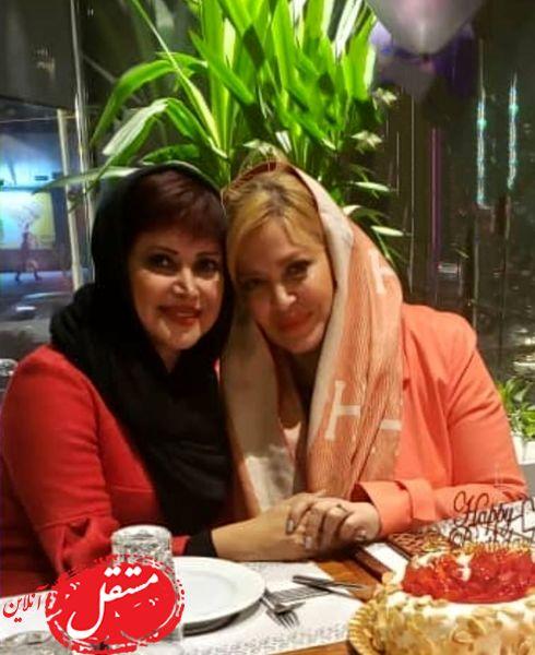 مهمونی شام کمند امیرسلیمانی و خانم بازیگر + عکس