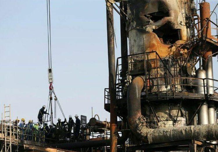 تخریب تاسیسات نفتی آرامکو پس از حمله پهپادهای ناشناس
