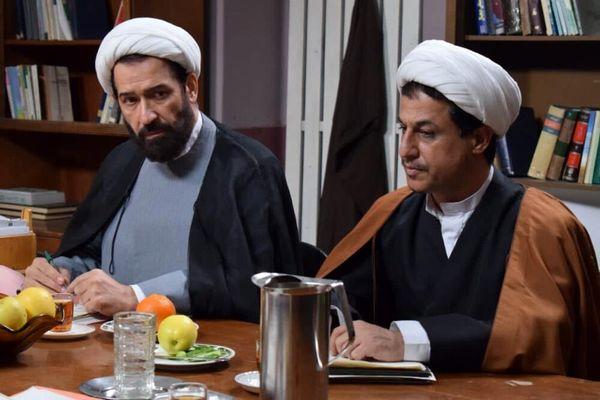 رامین راستاد در نقش علی اکبر هاشمی رفسنجانی فرهاد جم در نقش شهید محمدجواد باهنر