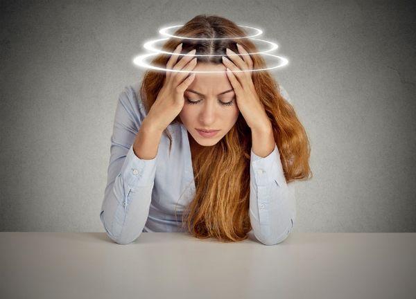 سرگیجه هنگام بلند شدن به چه علت است؟