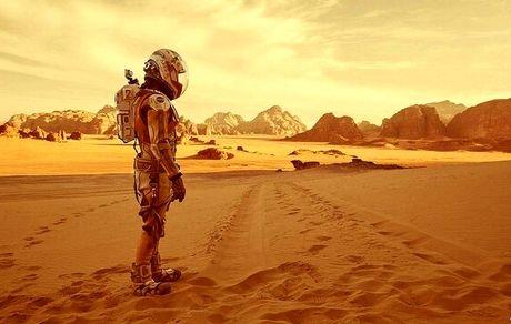 بهای سفر انسان به فضا چیست؟