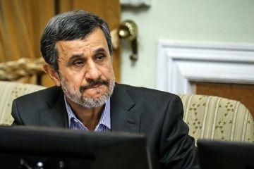 یار نزدیک احمدینژاد یا طرفدار پایان دوره اسلامگرایی، تأکید بر ایران باستان و ایران گرایی؟