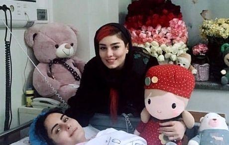 عیادت سحر قریشی از بازیگر معروف در بیمارستان + عکس