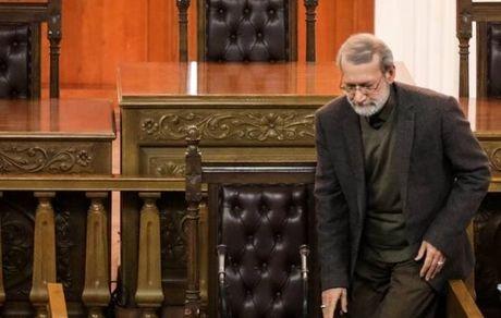 لاریجانی روی «صندلی داغ» سوخت