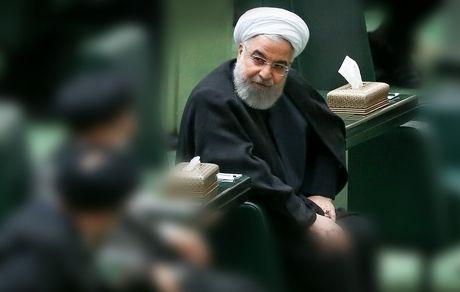 مجلس یازدهم به دنبال سقوط دولت روحانی است