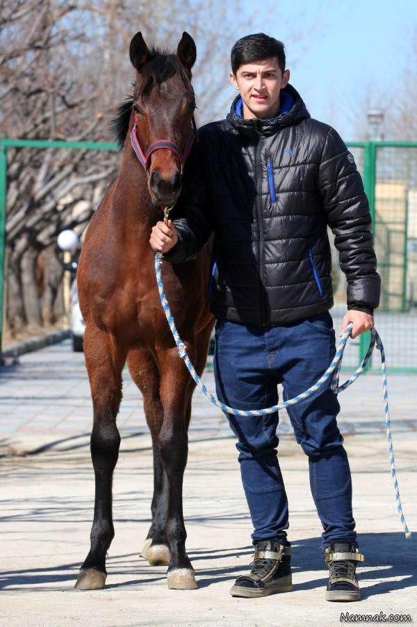 سردار آزمون و اسب
