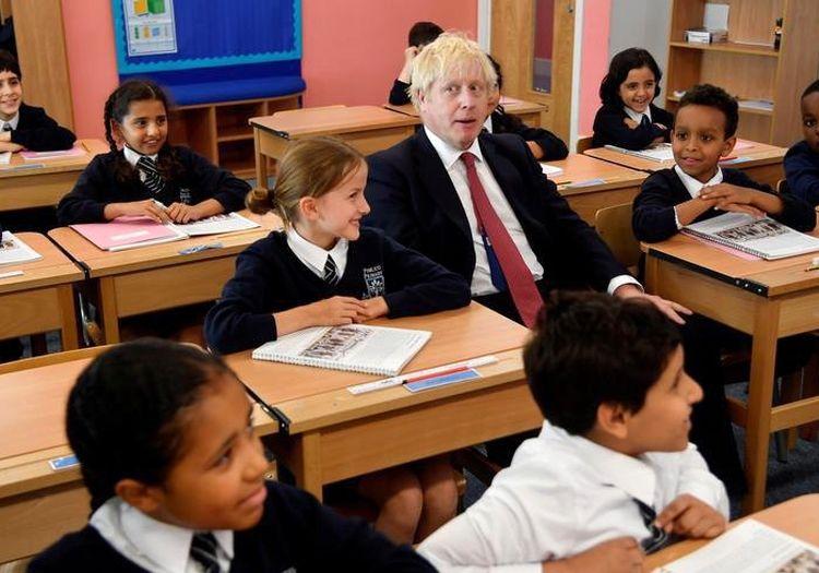 نخست وزیر بریتانیا در مراسم آغاز سال تحصیلی جدید