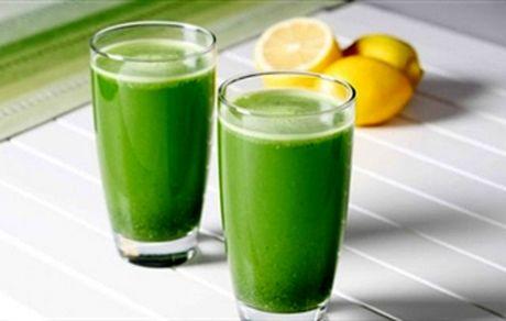 با این نوشیدنی سبز رنگ کبدتان را سم زدایی کنید + دستور تهیه