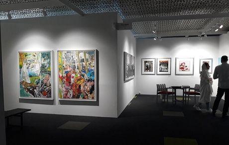 بازدید آثار بیش از 100 هنرمند در پردیس چارسو