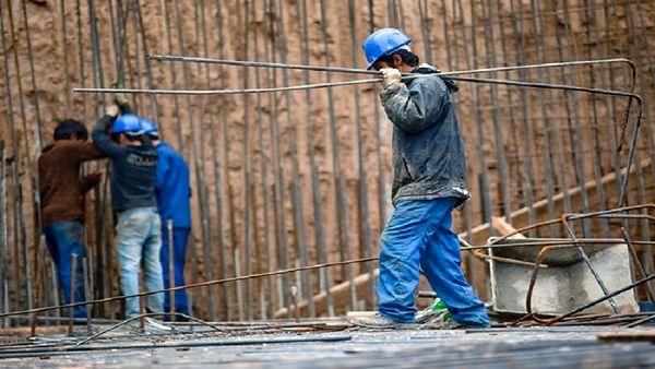 یا میزان بیمه بیکاری کارگران بر اساس سابقه کار تفاوت دارد؟