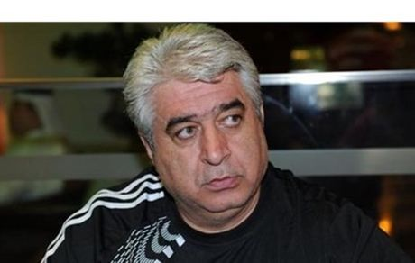 شمس: کوچ بازیکنان فوتسال به خارج نگران کننده است