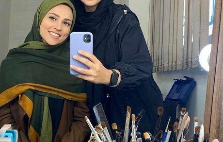 آدرینا صادقی در دورهمی پشت صحنه سریال احضار + عکس